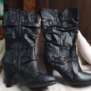 Yoki leather strapped high heeled boot sz 8